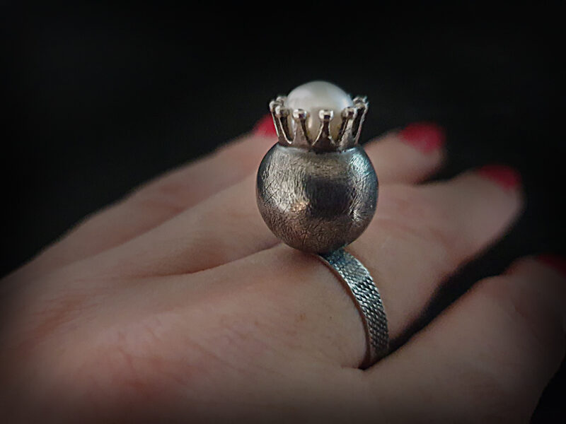 RINGS (silver, gold)