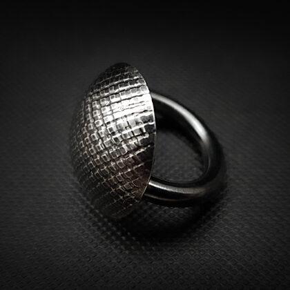 Оксидированное серебряное кольцо