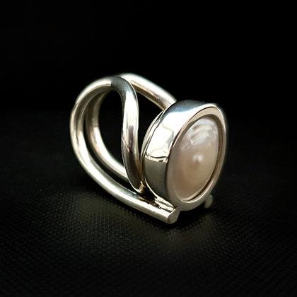 Sudraba gredzens ar pērli