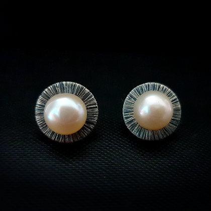 Sudraba auskari ar pērlēm
