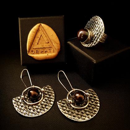 Komplekts - sudraba gredzens un auskari ar pērlēm